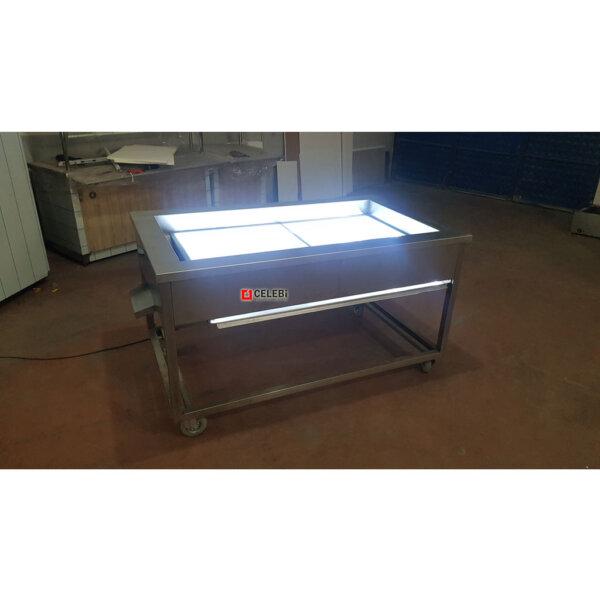 Led ışıklı krom tezgah